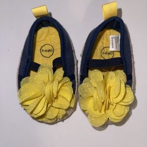 Navy blue/yellow flower detail size 0-3 months